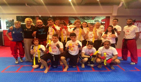 Επιτυχημένες οι εξετάσεις στο Kick Boxing του Ολυμπιακού!