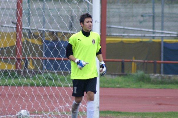 Andreas Gianniotis firma con el Olympiacos