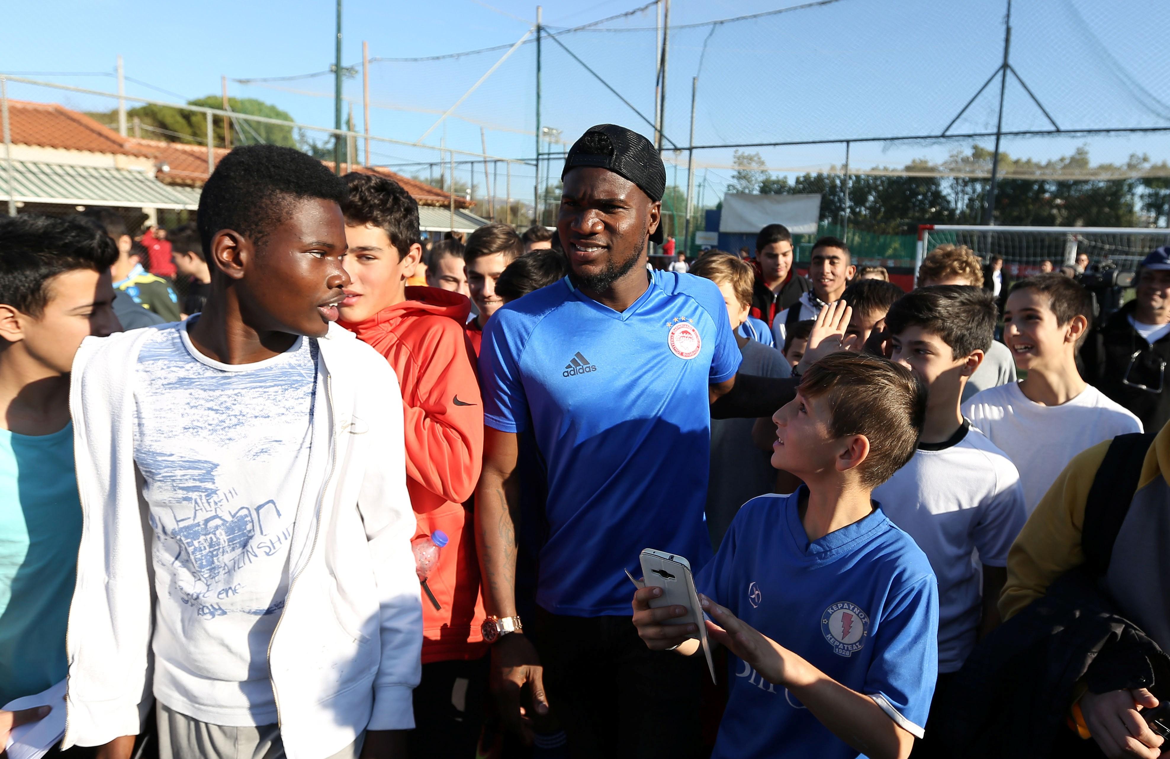 «Ποδόσφαιρο και σχολείο πάνε μαζί»